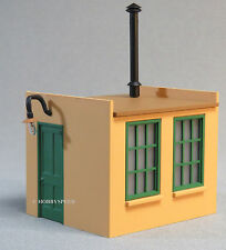 LIONEL LIGHTED WORK HOUSE home scenery train yard building o gauge lamp 6-37914