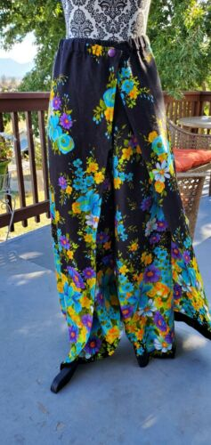 Vintage 1970's Bold Floral Womens Small Handmade W