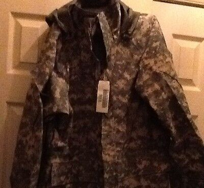ECWCS GEN II ACU GORE-TEX PARKA,NEW MILITARY ISSUE