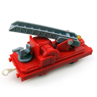 T0248 Thomas Trackmaster engine Motorized train Fire engines truck