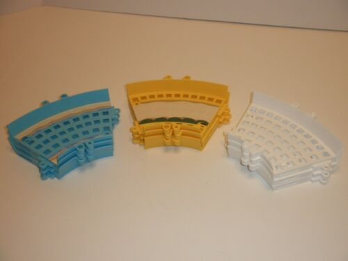 Knex K/'Nex Mario Kart Wii Replacement Parts Curved Track Lot 9 White Yellow Blue