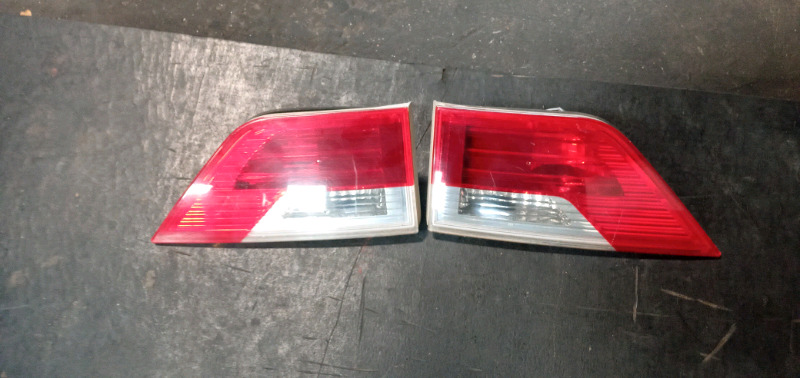BMW X3 E83 TAIL LIGHT FOR SALE