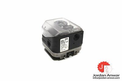 1pcs New Krom schroder pressure switch DG50U-3