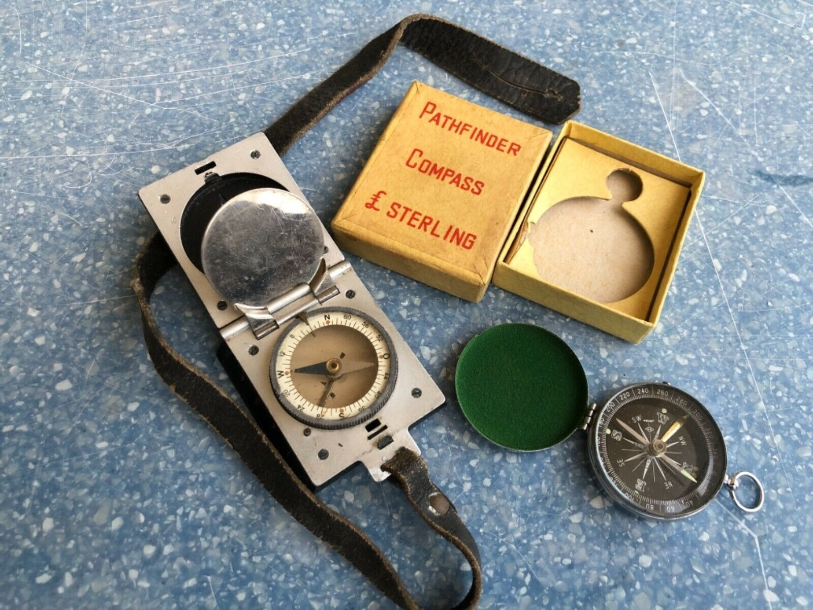 2 Vintage German Marsh Kompass + strap + Precise Pathfinder Compass