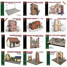 Miniart Buildings WW2 1/35 Scale Diorama Bases Ruined Village Houses Barn Street