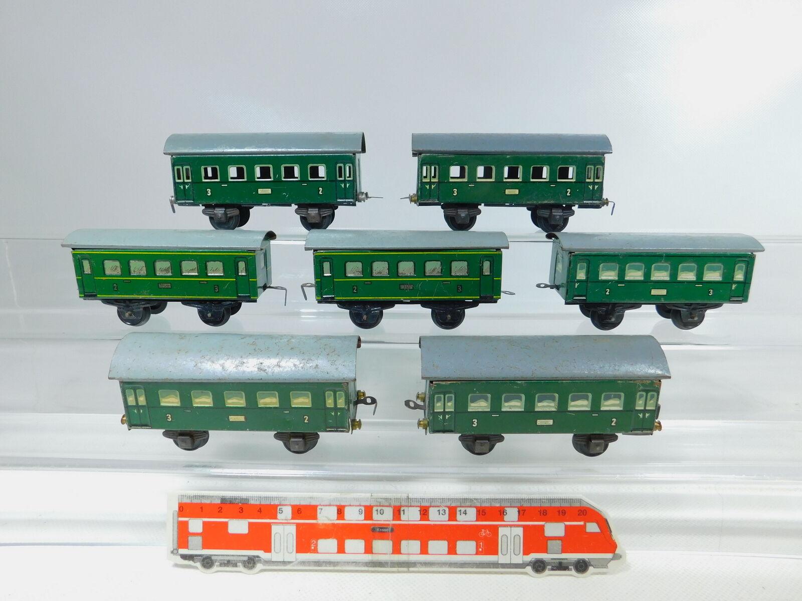 BY821-1x Bub Spur S Blech-Personenwagen 2. 3. Klasse