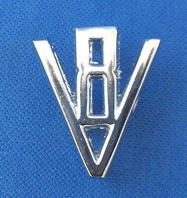 Daimler /'V8/' CHROME BADGE COFFRE POUR V8 BD24521