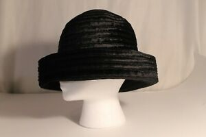 Vtg-Black-Velvet-Bucket-Cloche-Slouchy-Hat-Women-039-s-1980s-1990s-Cap-Dressy-Chic