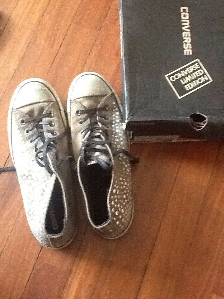Converse All Star Limited Edition Clean Mid Suede