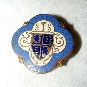 VINTAGE-ENAMEL-BOURNEMOUTH-DISTRICT-BOWLING-ASSOCIATION-BROOCH-BADGE-PIN