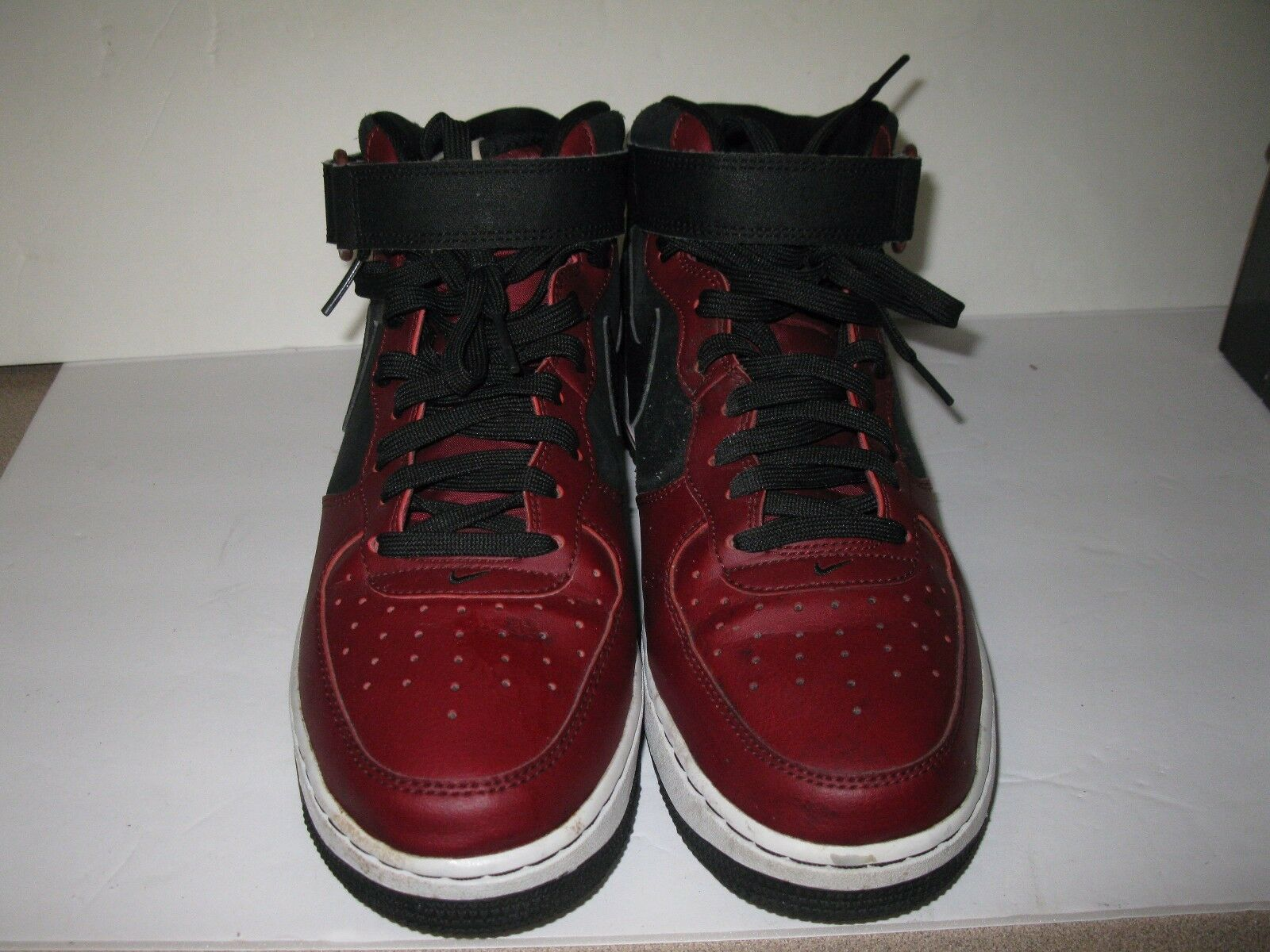 Nike Air Force 1 MID '07 Black Red White Men's Size 9 (315123 032)