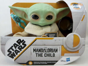 Star-Wars-Mandalorian-The-Child-Plush-7-5-034-Talking-Baby-Yoda-Hasbro-New-In-Hand