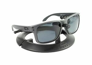 oakley holbrook steel grey