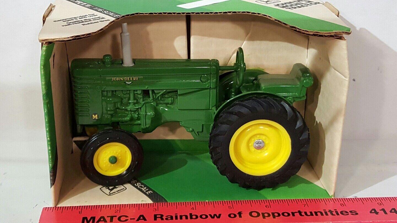 ERTL John Deere M 1 16 DIECAST METAL Farm tracteur REPLICA DE COLLECTION Jouet