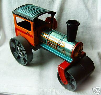 Old tin toy Plastic-automatice steam-roll model 1970