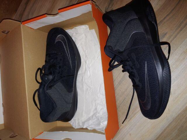 Air Versitile II NBK Basketball Shoes