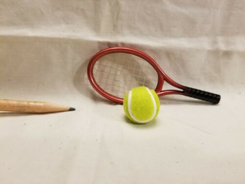 O010 Dollhouse 2pcs Sport Sharp-Red Tennis Set Ball Squashing Miniature Ken 1:6