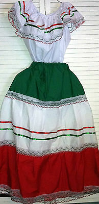 Womens One Size Fits Most Top & Skirt Set Mexican Folklorico Fiesta Dance New