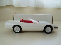 Ertl AMERICA 'S CUP Corvette Convertible ARCTIC WHITE RED Dealer Promo 8923 Toys