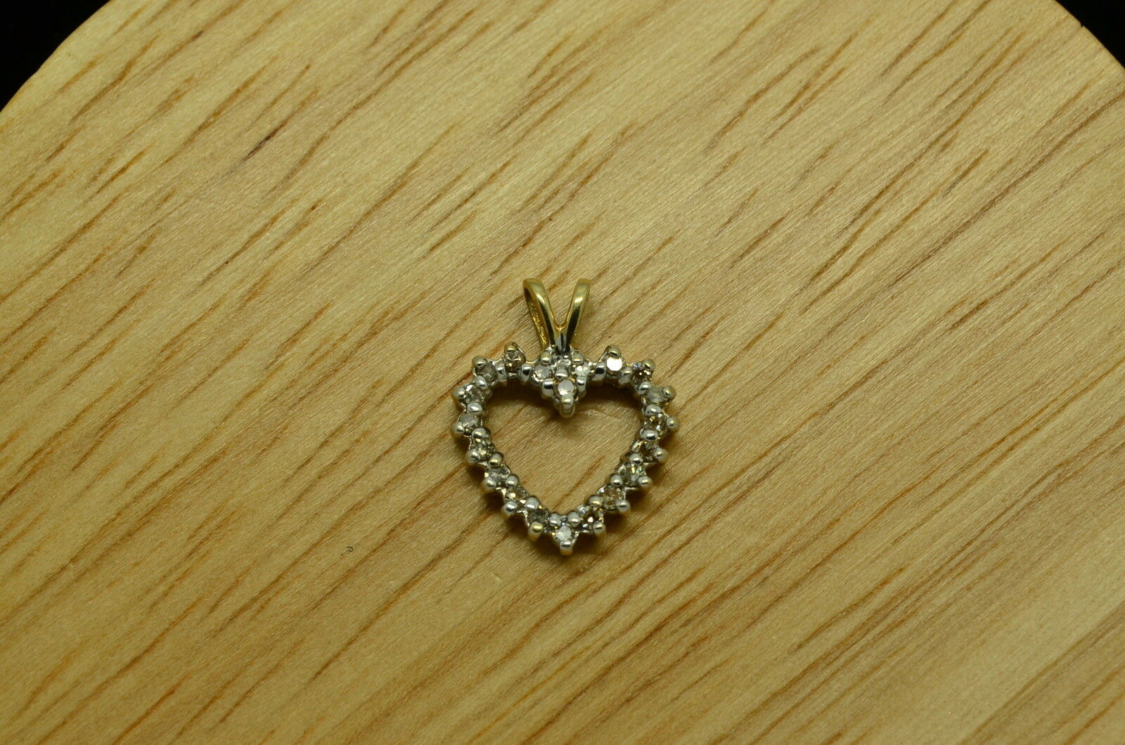 10K YELLOW gold DIAMOND SMALL OPEN HEART PENDANT CHARM 0.20 TCW  X10-1083