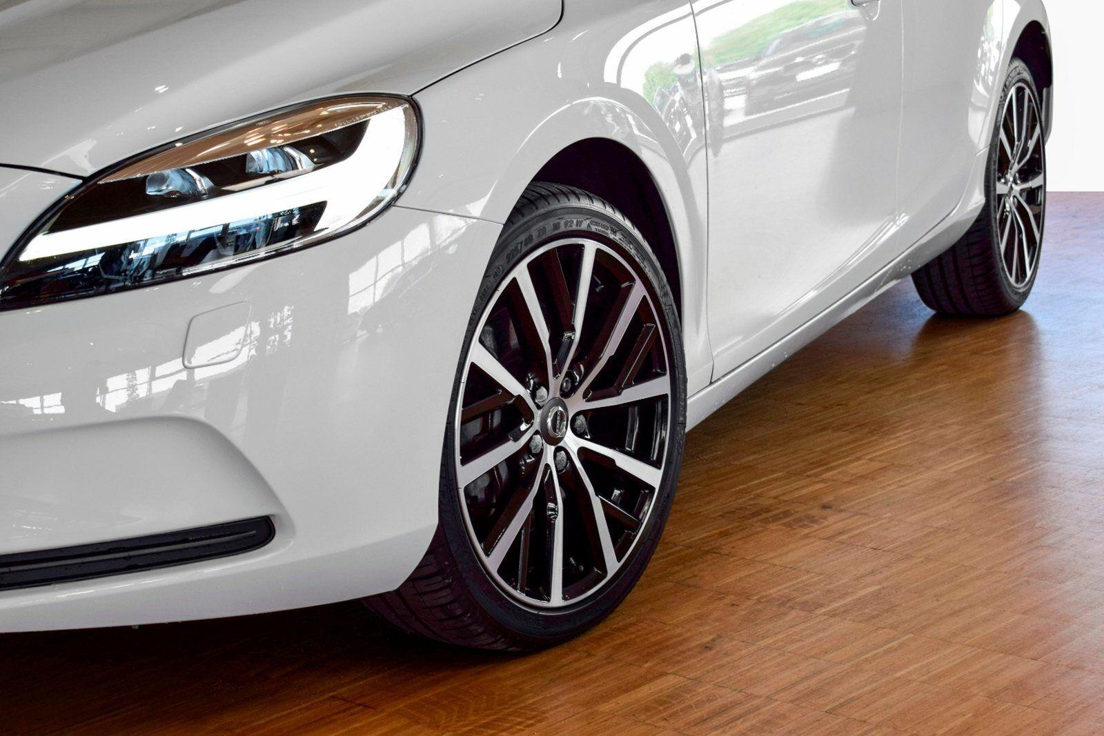 Volvo V40 2,0 D2 120 Momentum aut. - billede 4