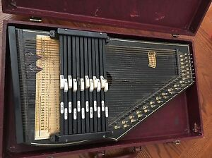 Vintage Oscar Schmidt International 36 String Autoharp w/ Case