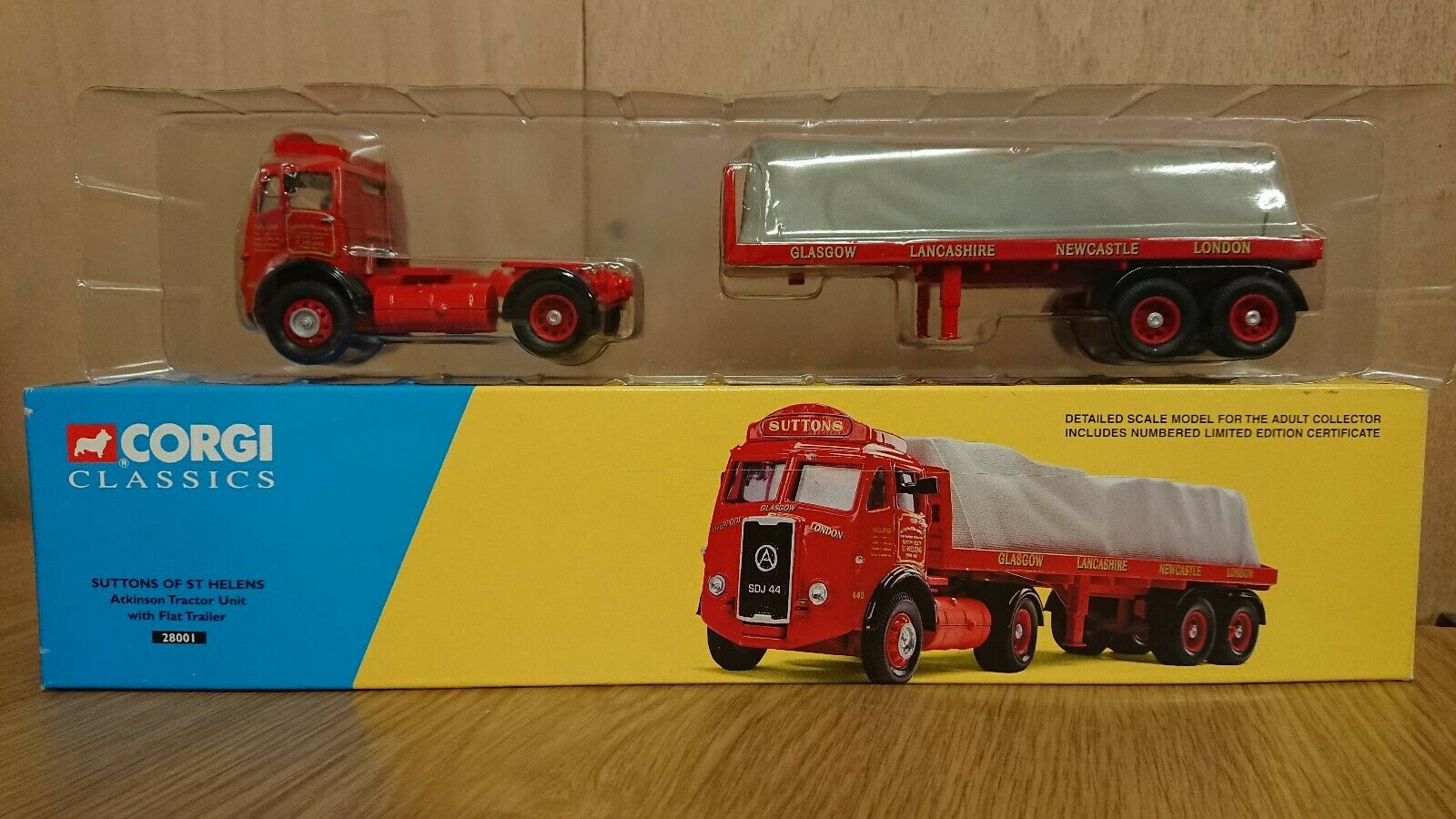 Corgi 28001 Atkinson Tractor Unit & Flat Trailer SUTTONS Ltd Edition No.2