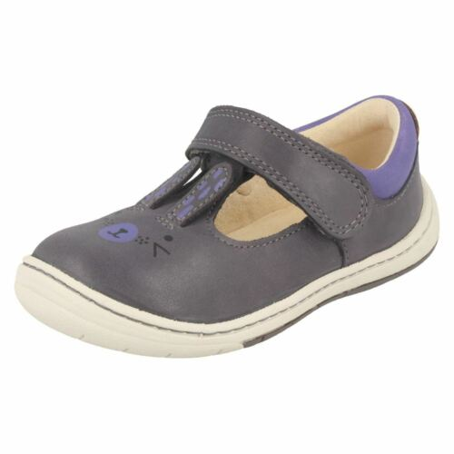 Girls Clarks First Shoes With Rabbit Design /'Amelio Glo/'