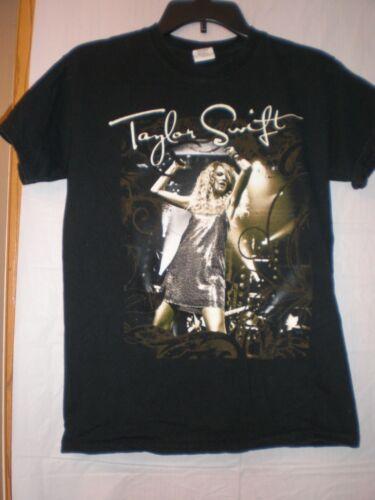 Taylor Swift T SHIRT SMALL