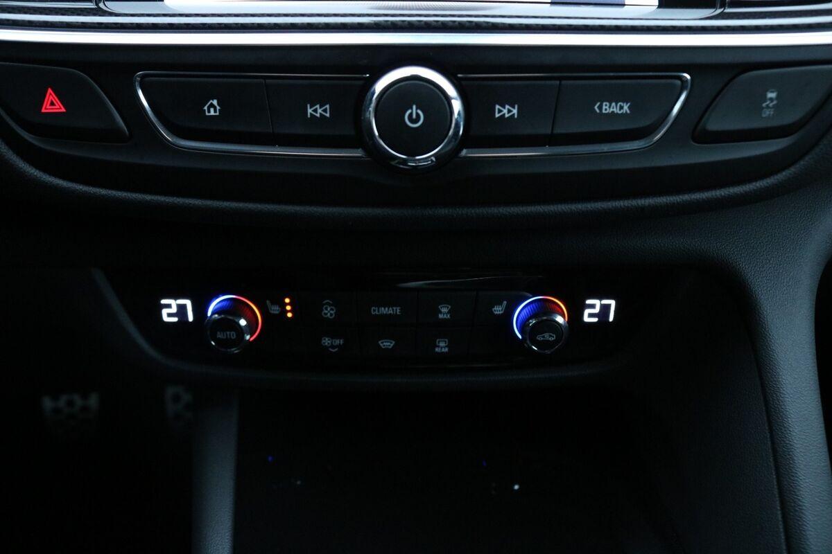 Opel Insignia 1,5 T 165 Dynamic ST