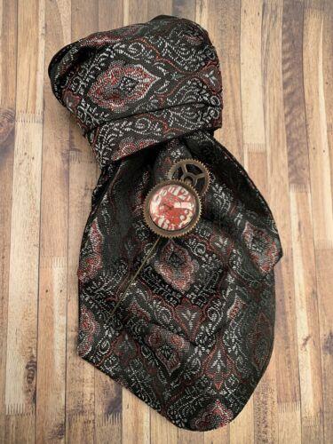 Mens Gift Steampunk Gunmetal Red Brocade Cravat /& Rustic Cog Clockface Tie Pin