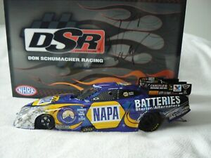 RON CAPPS 2013 NAPA BATTERIES CHARGER FUNNY CAR (AUTOGRAPHED CAR AN BOX)