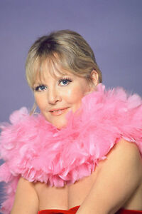 Petula-Clark-photo-shoot-11x17-Mini-Poster