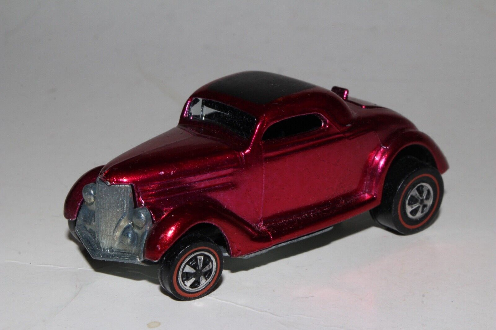 HOT WHEELS REDLINE CLASSIC '36 FORD COUPE, METALLIC pink RED, OUTSTANDING, ORIG.