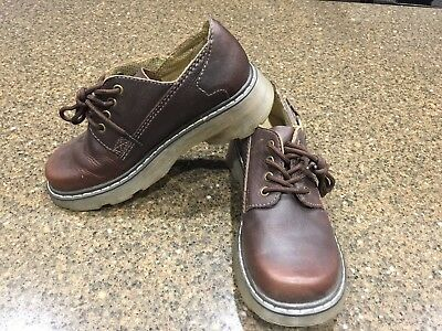 Dr Doc Martens AWOO4 PC05K Brown Lace