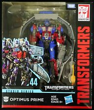 Tra GEN Studio Series Leader TF3 Optimus