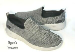 SKECHERS GO WALK MAX ATHLETIC SHOES NEW