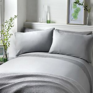 Serene-POM-POM-Silver-Pintucks-with-White-Pom-Poms-Duvet-Cover-Set