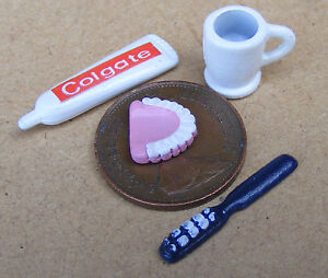 1:12 Scale Dentures False Teeth Toothpaste Mug & Toothbrush Dolls House Bathroom