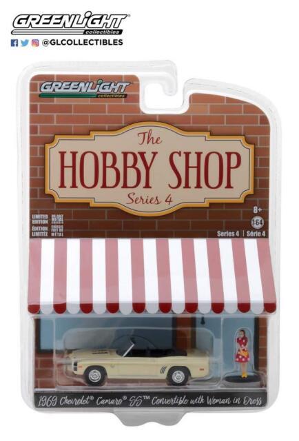 Greenlight - 1:64 The Hobby Shop Series 4 1969 Chevrolet Camaro SS (BBGL97040B)