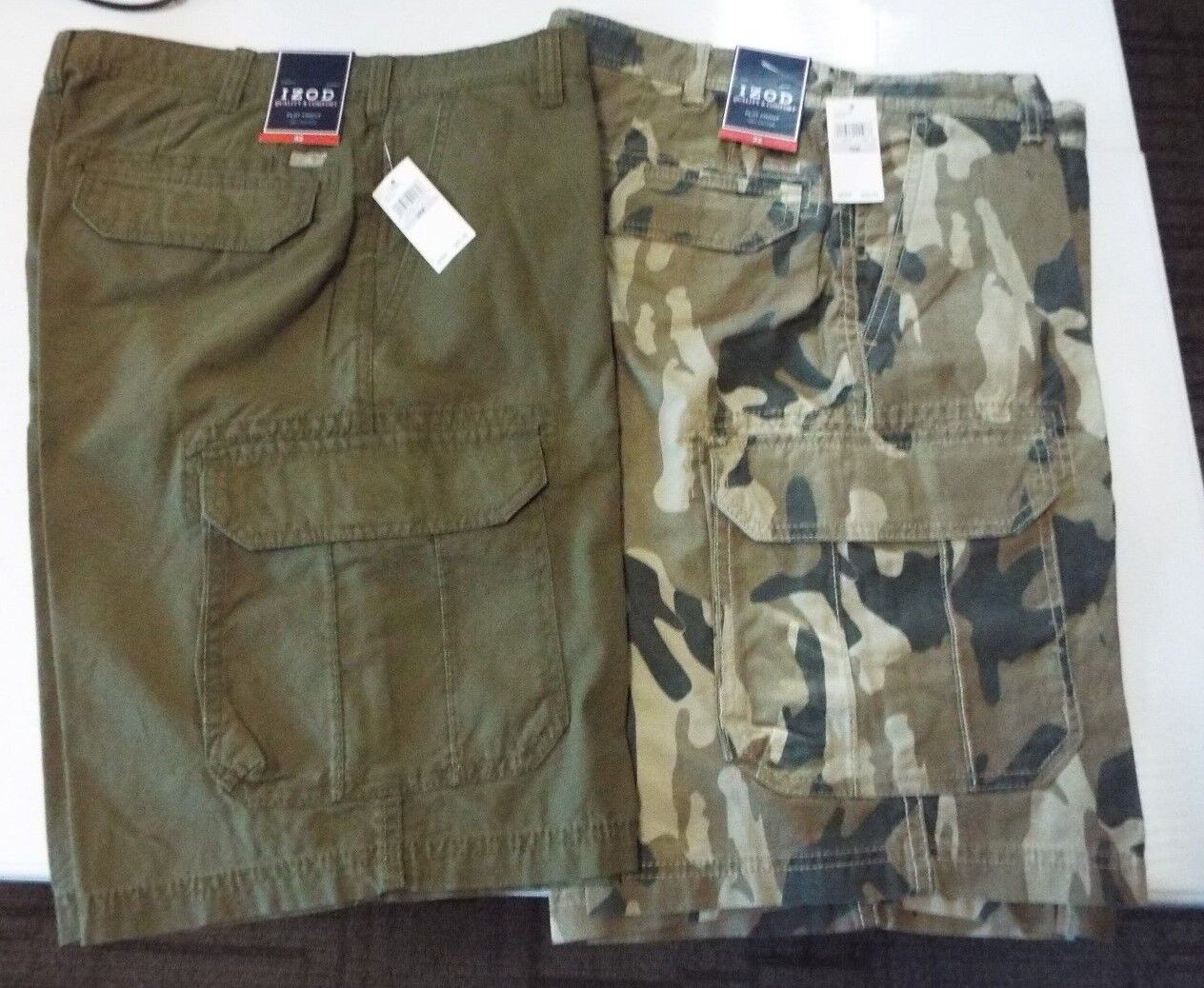 2 PAIR IZOD MEN,S CARGO SHORTS SIZE 32  MRSP  EACH  NWT FREE SHIPPING