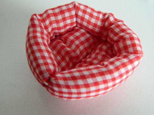 blanc doux pet bed poupées maison rouge M1