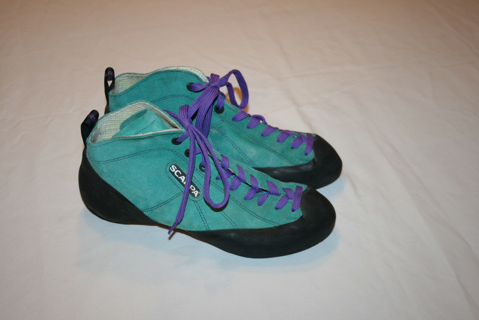 Scarpa Women's  bluee Turquoise Suede Climbing shoes Size 39 UK  EUC  deals sale