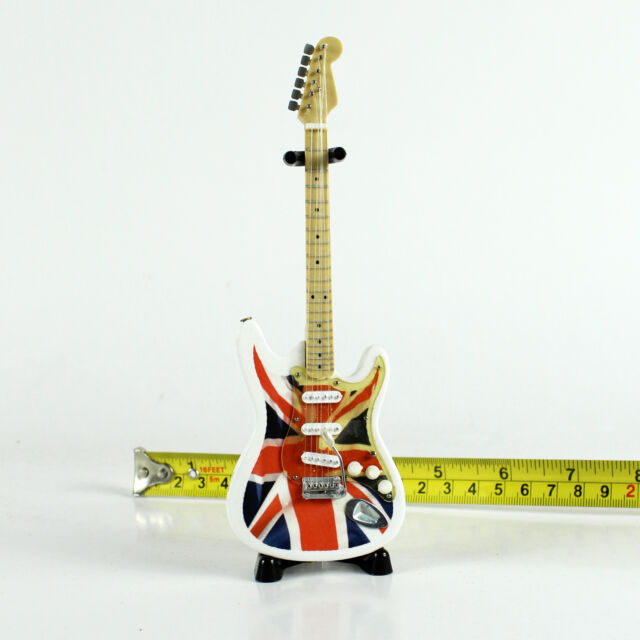 """A08-14 Barbie Dolls Music Instrument Electric Guitar and Stand 6.7"""" (White)"""