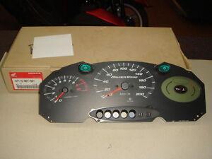 instrumentacion-nueva-para-Honda-scooter-Silver-Wing-600-codigo-37110MCT-691