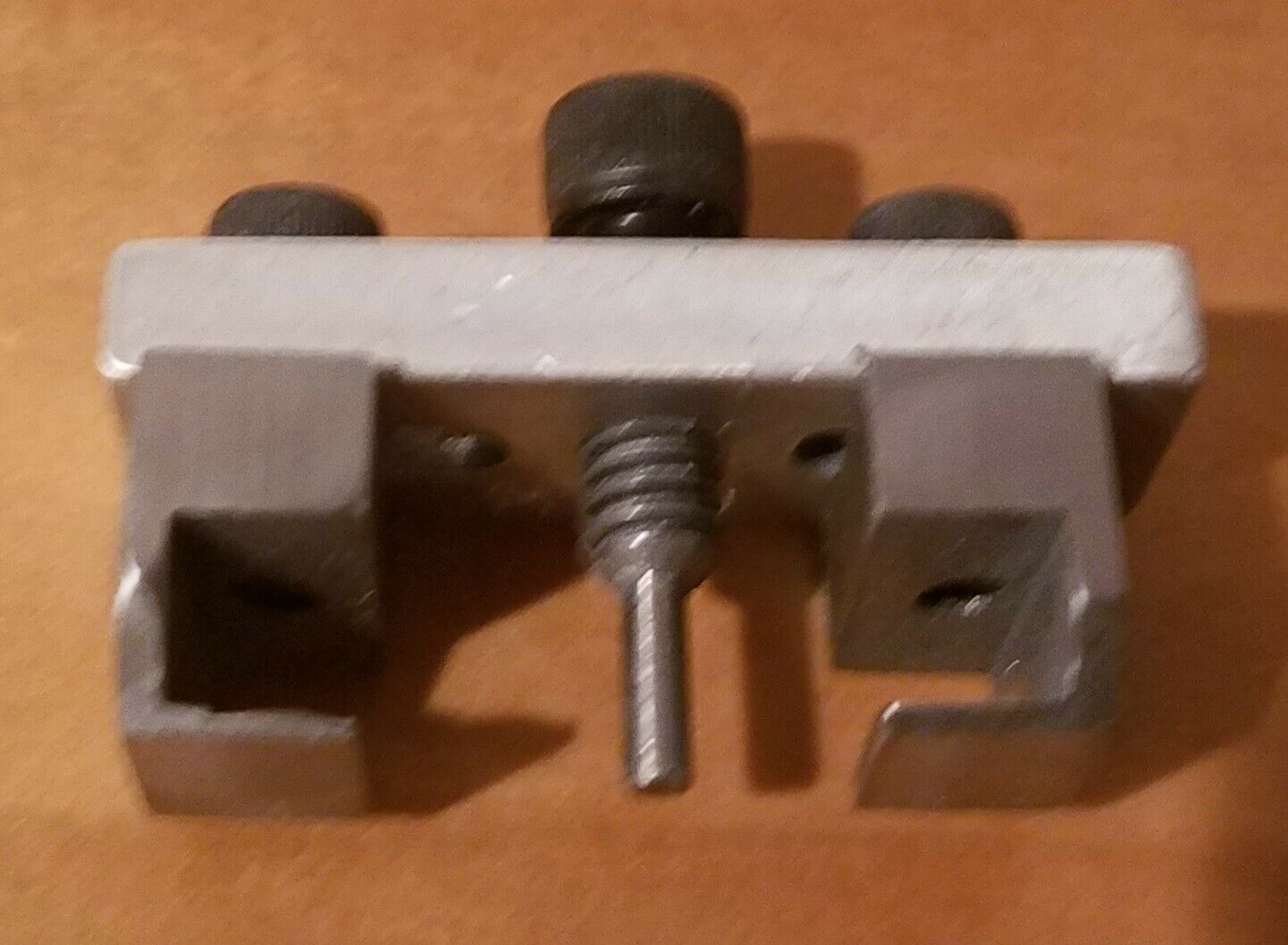 PE Design - Small gauge Wheel Puller   REVISED