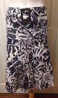 Linea Domani Women's Skirt Size 4 Black White Gray W/ Belt Full Skirt