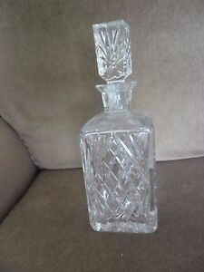 LOVELY CUT GLASS SQUARE DECANTER - Blackpool, United Kingdom - LOVELY CUT GLASS SQUARE DECANTER - Blackpool, United Kingdom