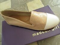 Steve Madden Passsion Nude Paris Flat Shoes Womens 7.5 Free Ship