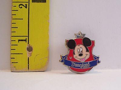 Walt Disney HIDDEN MICKEY ACORN NUT HEAD ICON 2010 TRADING Hat Lapel Pin Badge